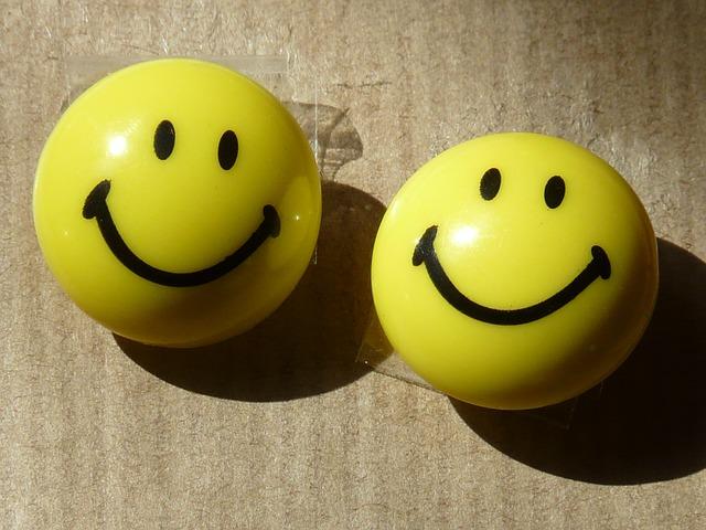 sonreir